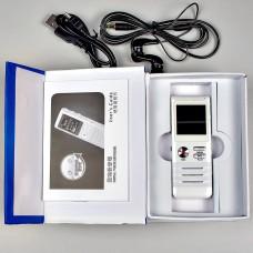 Диктофон с высококачественным линейным входом и программным  понижением шумов.